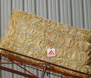 hay-and-straw-products-03